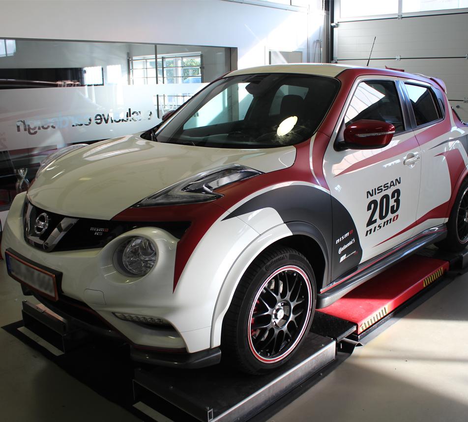 Nissan Juke R >> Nissan Juke 203 Nismo individuelle Designfolierung im ...